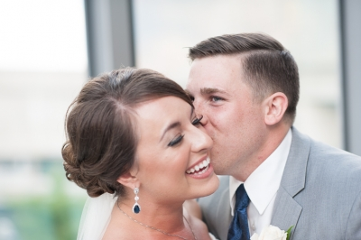 Tim and Katie | Dock 580 | Summer Wedding |